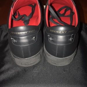 Givenchy Black/Red Urban Street Sneaker